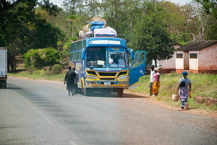 Überlandbus